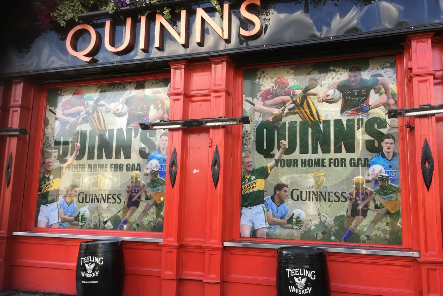 Quinns Bar Window Graphics